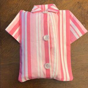 Pink T shirt tissue holder